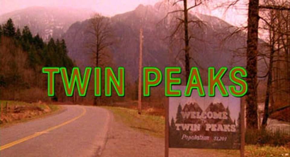 Das Ortsschild von Twin Peaks